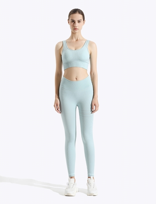 Move_Womens_Fit_Shiny_Outwear_Active_Leggings_Front_gymquasar